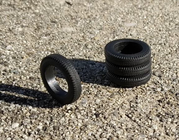 Soft resin tires - ø18mm Th 3.50mm - Scale 1:43 - By 4