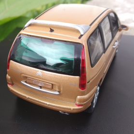 Miniature automobile - PONTIAC FIREBIRD TRANS AM 26 JERRY TITUS TRIBUT