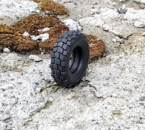 Flexible Lkw-Reifen - Maßstab 1:43 - Ø25 mm X Dicke 7,30 mm - à l'unité