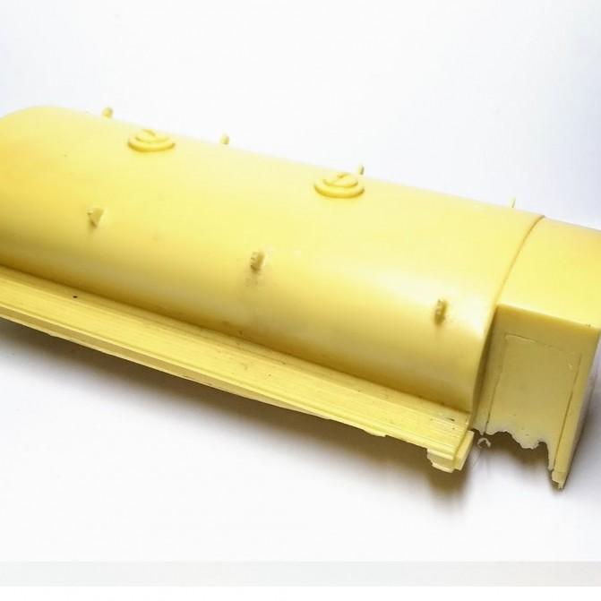 En l'état : Citerne Berliet GBO - 1:43 - Résine - CPC Production - G002
