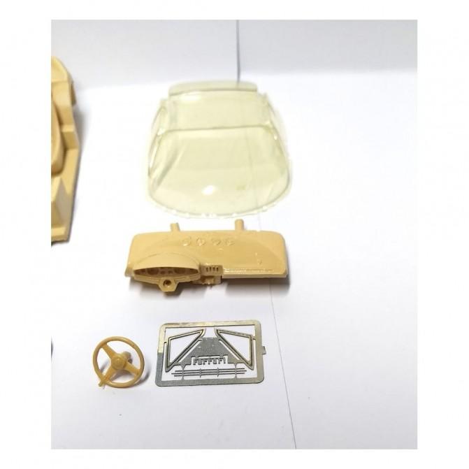 Pare-brise en White Metal - Longueur 29 mm