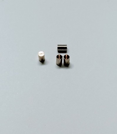 Pot d'échappement ø4mm X 54mm - Résine - Échelle 1/32ème - A32