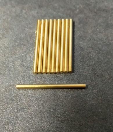 10 Axes de roues en laiton  Ø2 mm pour voitures miniatures