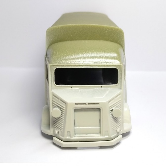 Miniature agricole - GULDNER G60 A AVEC CHARGEUR FRONTAL- 1/32-Schuco