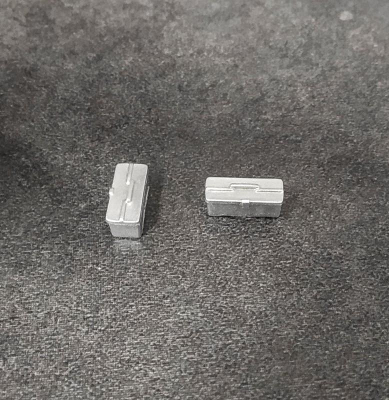 Caisse à outils - Ech 1/43 - Gris - Résine