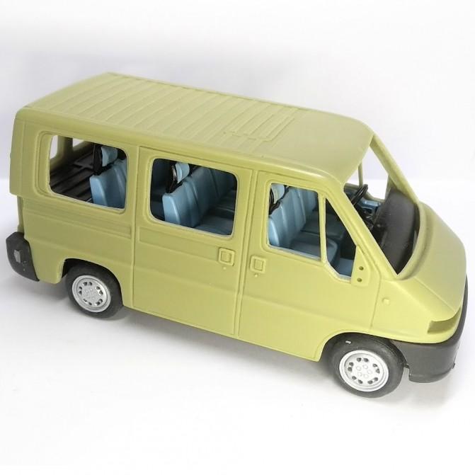 Incomplet : Kit CITROËN Jumper Minibus - Résine - 1:43
