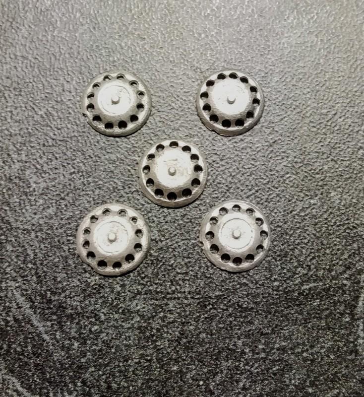 5 Inserts en White Metal  - Ø 9 mm - Ech. 1:43