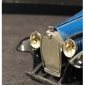 2 phares pour Bugatti T46 - Ech 1:43 - White Metal