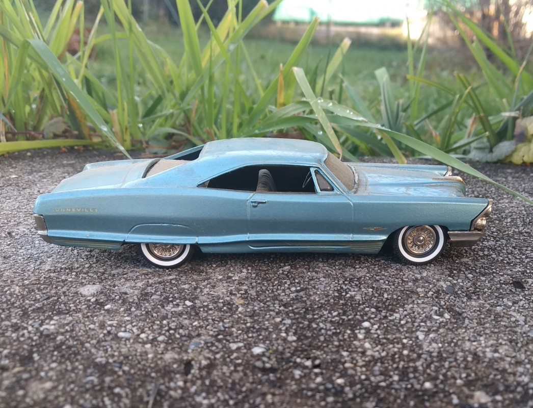 OCCASION à réstaurer - MADISON - PONTIAC Bonneville 1965 - Nr4 - 1:43