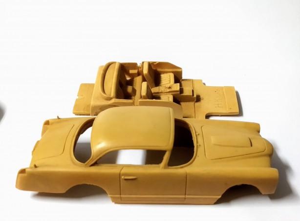 Carrosserie + châssis en résine - FACEL VEGA HK 500 - Ech 1:43