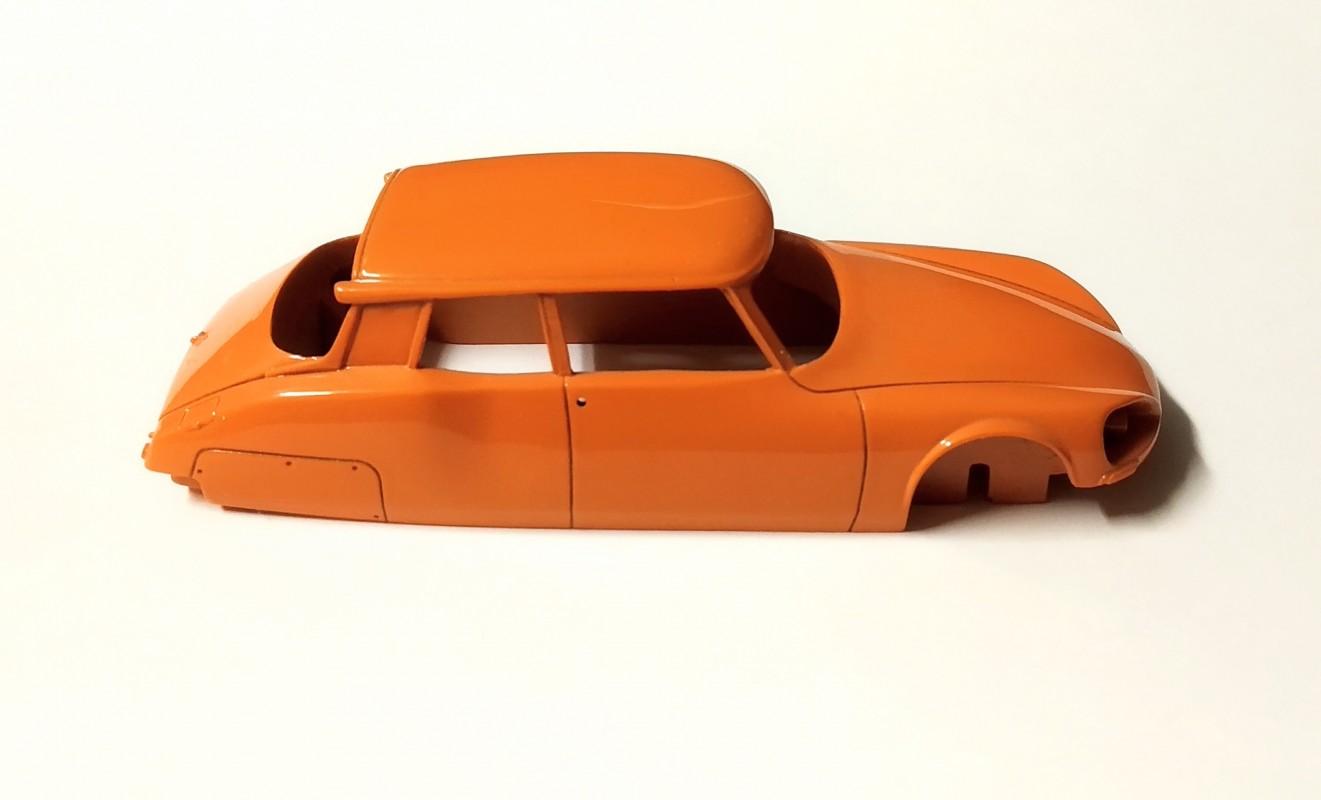 Carrosserie - CITROËN DS - Orange -  Classiques - 1:43