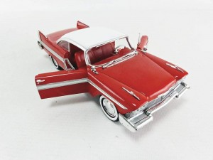 PLYMOUTH Fury Christine - 1958 - GREENLIGHT - 1:24
